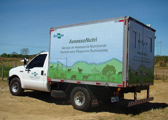 Adilson Nóbrega - O laboratório móvel do AssessoNutri facilitará a interação com produtores e técnicos responsáveis por coletar amostras para análises