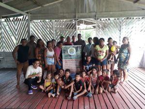 Josi Malheiros - Pescadores artesanais de camarão e seus familiares, em atividades do Projeto no Amapá