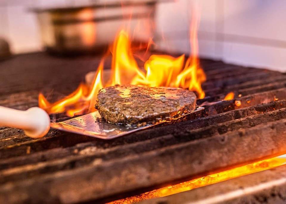 Sottile Alimentos - Hambúrguer vegetal possui aparência textura e sabor semelhantes ao convencional bovino