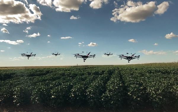Lúcio Jorge - Uso de robótica de enxame vem ganhando espaço dentro e fora do Brasil, como forma de potencializar os ganhos no campo.