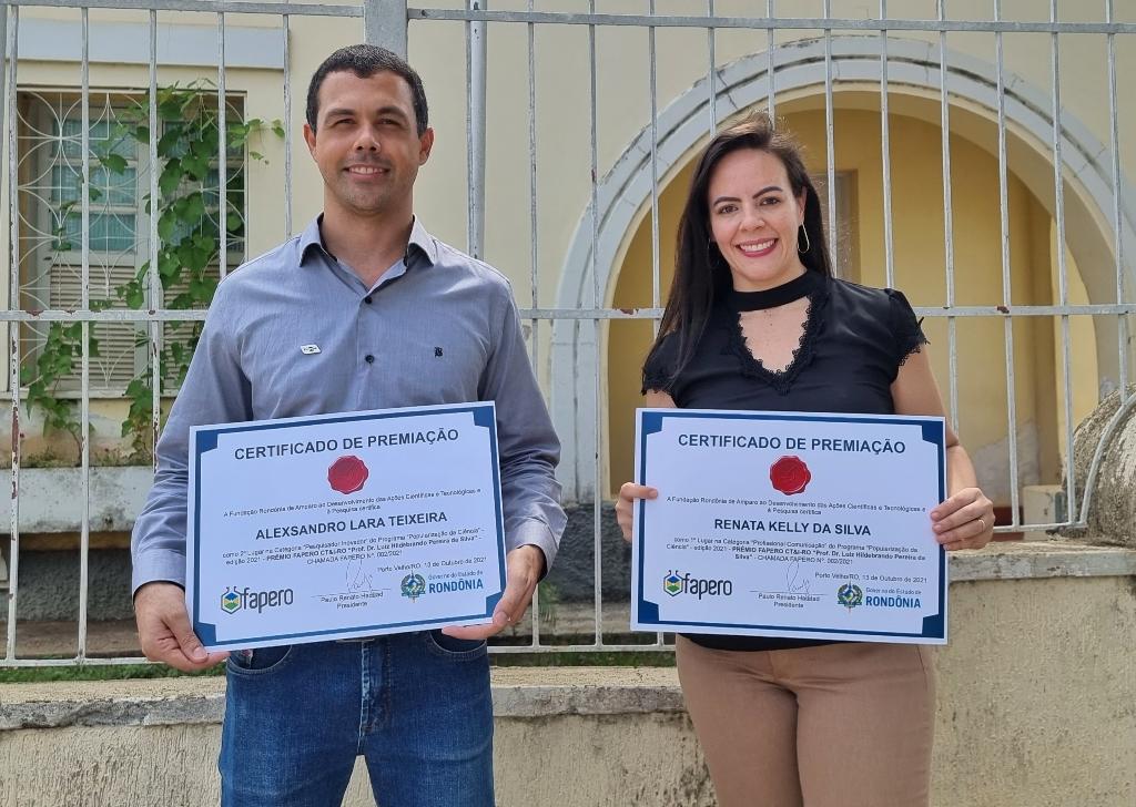 Dhiony Costa e Silva - Pesquisador Alexsandro Teixeira e jornalista Renata Silva recebem Prêmio Fapero