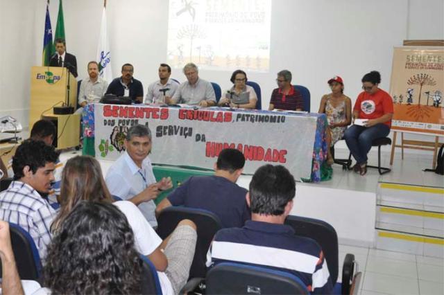 Ana Lúcia Silva - Mesa de abertura do primeiro Seminário Estadual Sobre Legislação de Sementes Crioulas em Sergipe